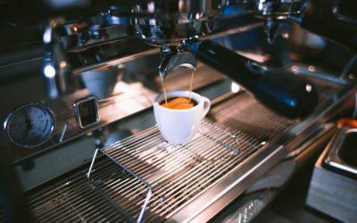 Wybieramy ekspres do kawy do biura